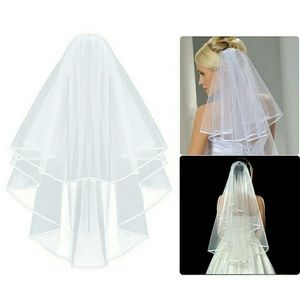NEW SIMPLE ELEGANT WEDDING VEIL W/ COMB